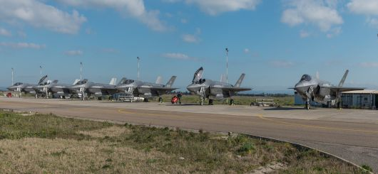 Line-Up: 6 Italian Air Force F-35A Lighting II on display at Decimomannu AFB
